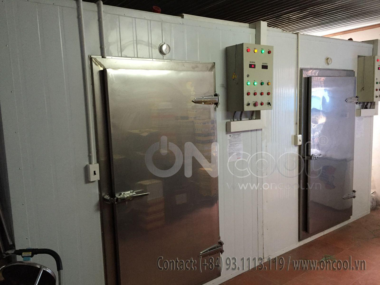 Cửa kho lạnh bằng inox 304 chất lượng cao